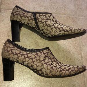 Coach heeled shoes size 10!